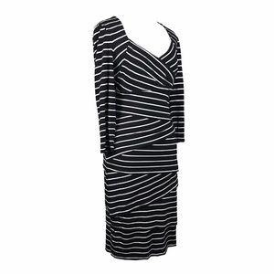 White House Black Market Dresses - White House Black Market Bodycon Dress
